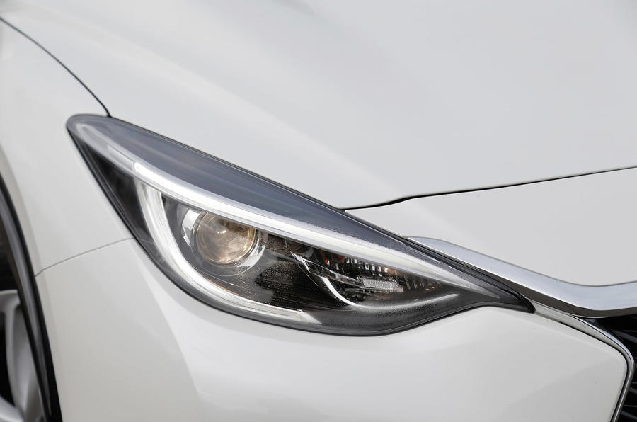 Sculpted Infiniti Q30 headlight