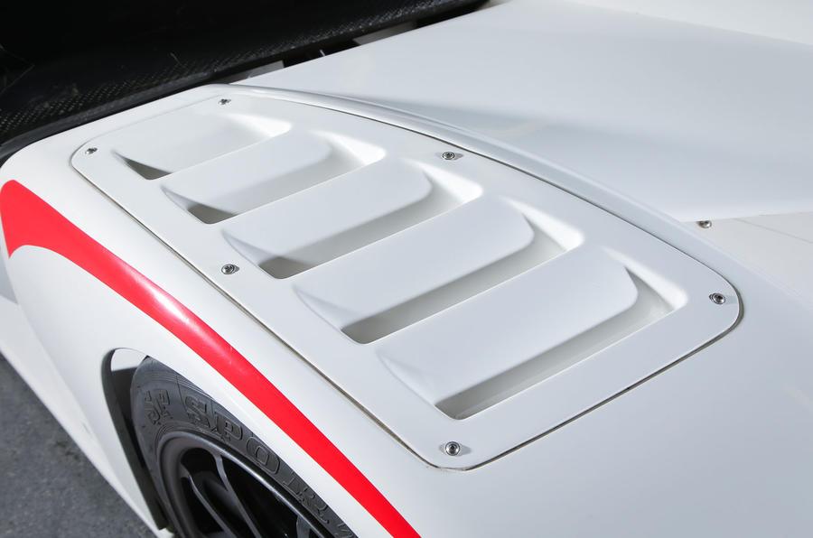 Radical RXC500 air vents
