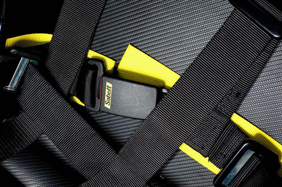 Radical SR3 SL race harness