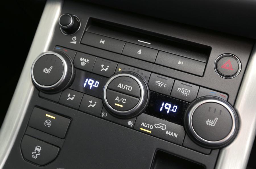 Range Rover Evoque climate controls