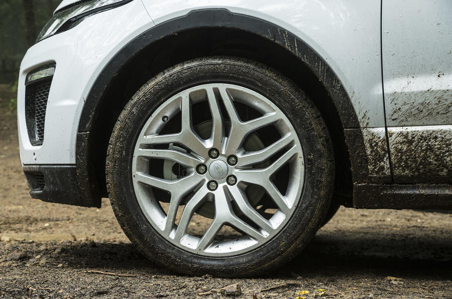 Range Rover Evoque Convertible alloy wheels