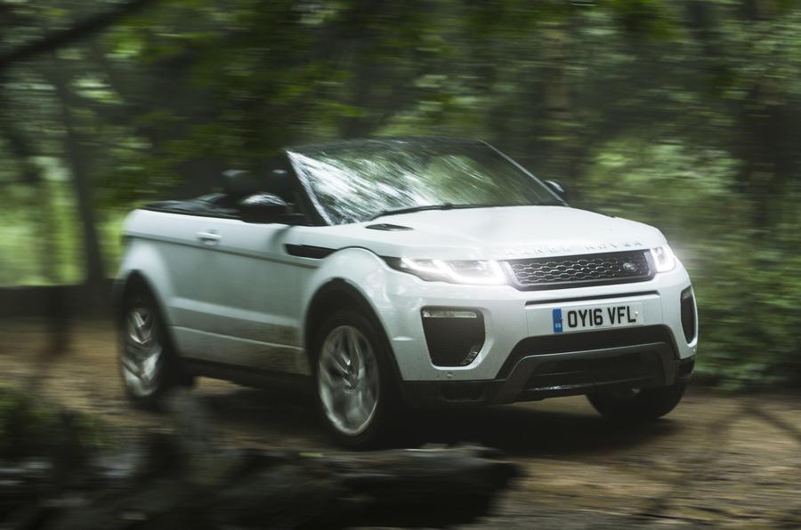 Range Rover Evoque Convertible off-roading