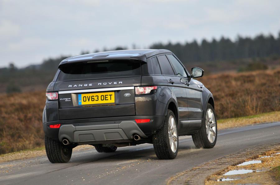 Land Rover Range Rover Evoque 2011-2018 interior | Autocar