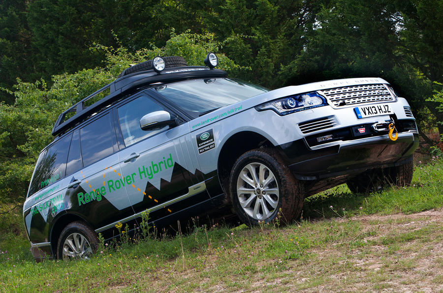 Hybrid Range Rover and Range Rover Sport unveiled