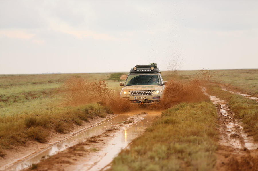 Driving the Silk Trail - picture special