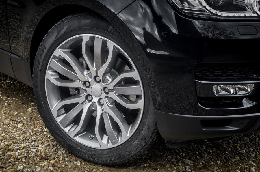 19in Range Rover Sport alloy wheels