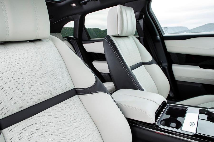 range rover velar review 2017 autocar. Black Bedroom Furniture Sets. Home Design Ideas
