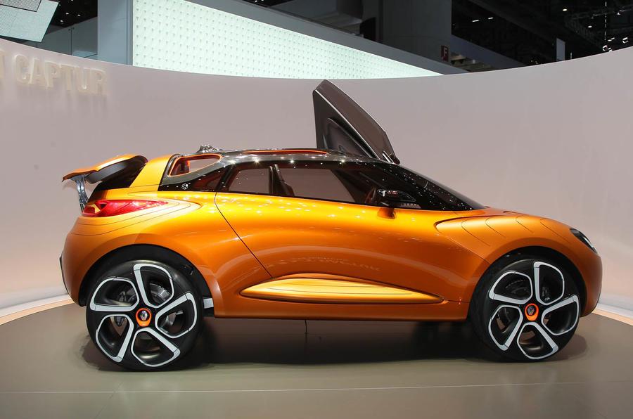 Renault plans junior Evoque