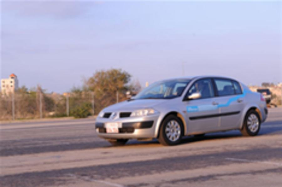 Renault-Nissan to mass produce EV