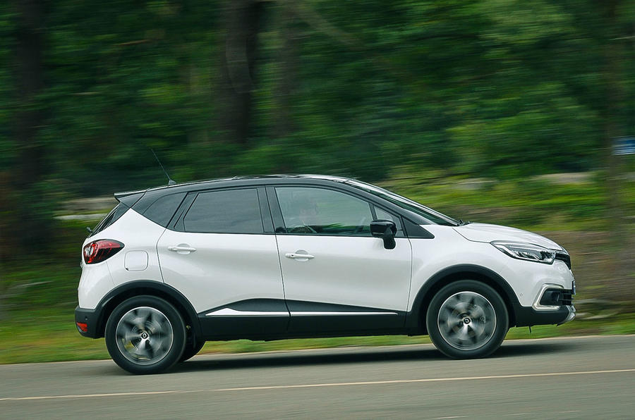 Renault Captur side profile