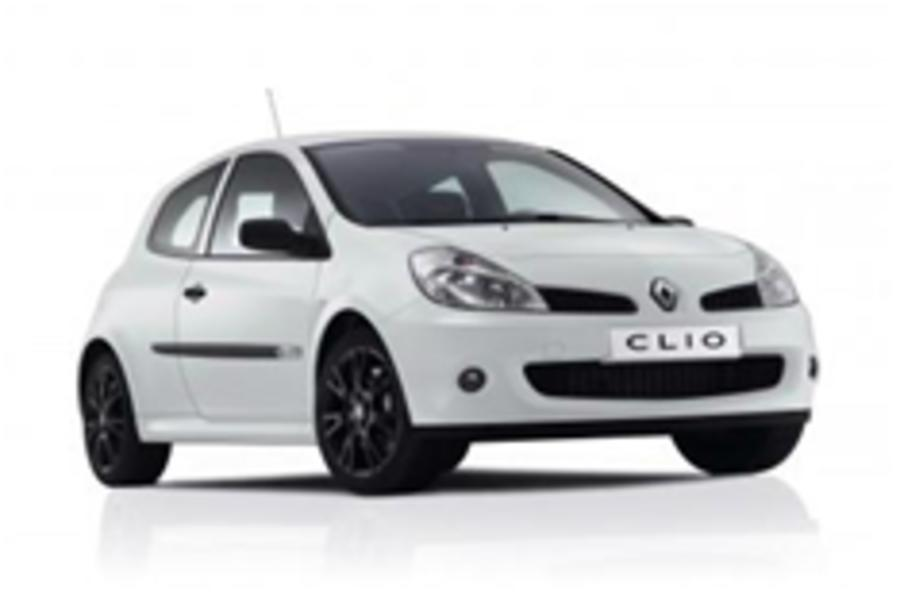 New Clio Cup is a bit of all white