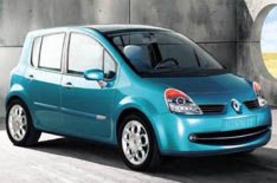 Next Clio grows into mini Scénic