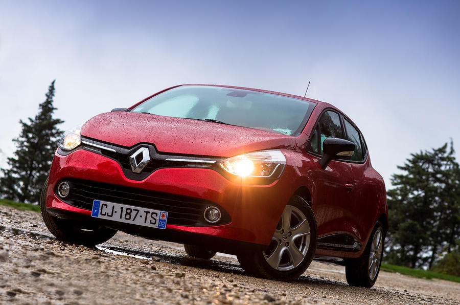 Renault Clio front quarter