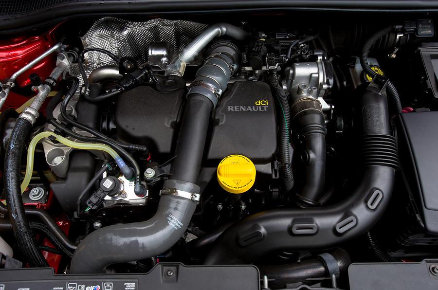 Renault Clio diesel engine