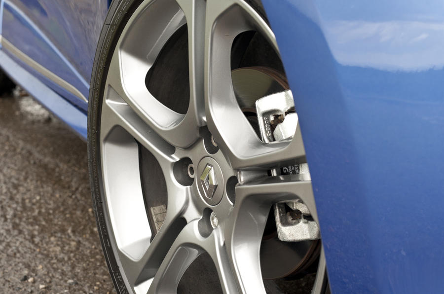 17in Renault Clio GT-Line alloys
