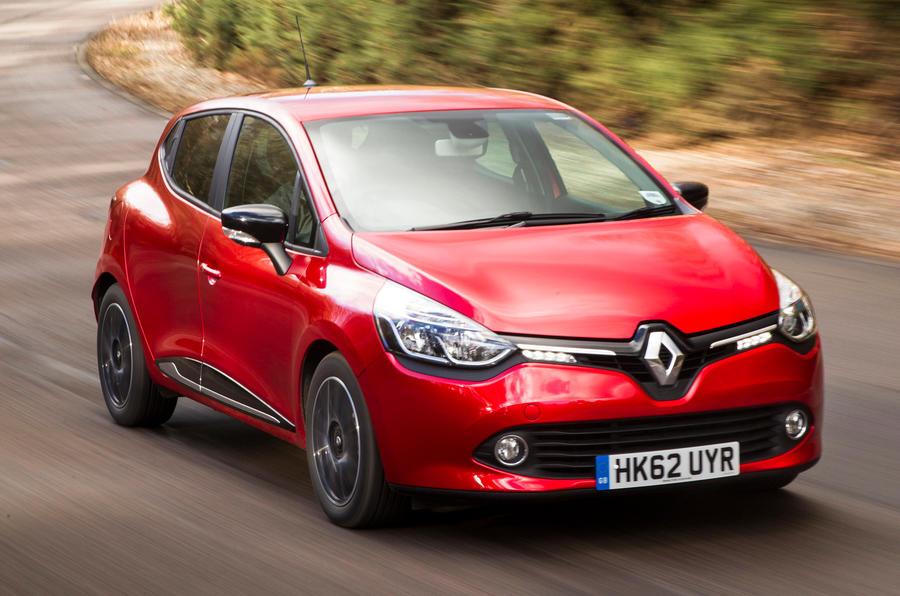 Renault Clio cornering