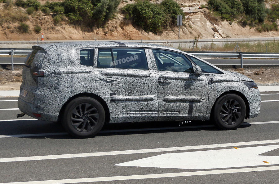 Renault plans new flagship MPV for 2015 launch