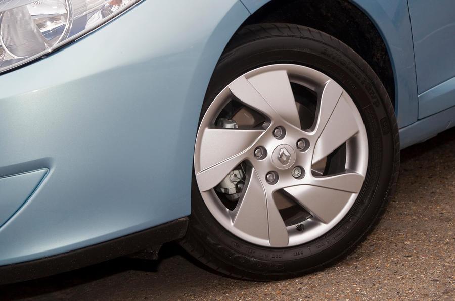 Renault Fluence alloy wheels