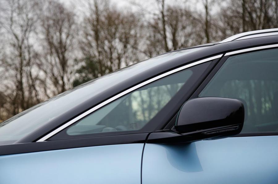 Renault Grand Scenic A-pillar window