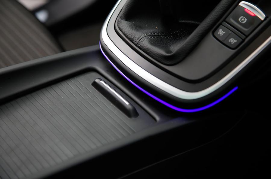 Renault Grand Scenic ambient lighting