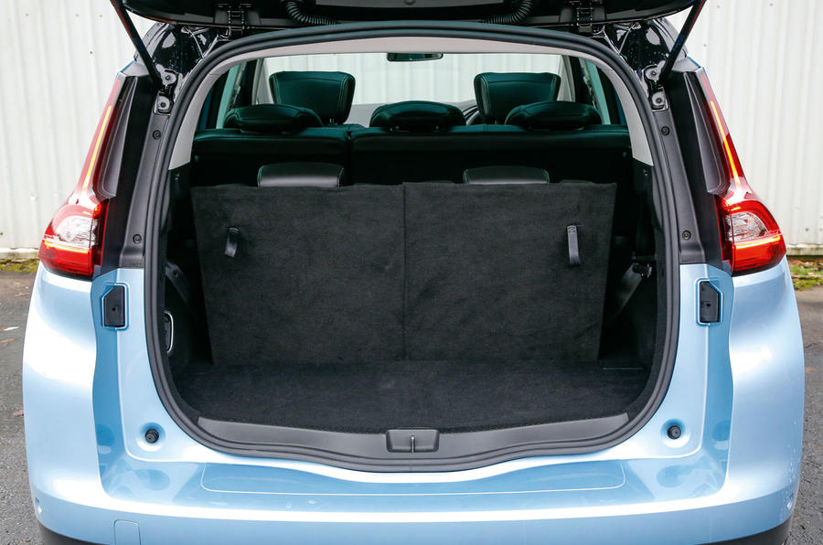 Renault Grand Scenic full seating boot space