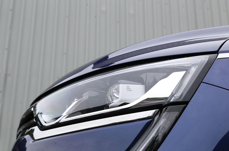 Renault Koleos LED headlights