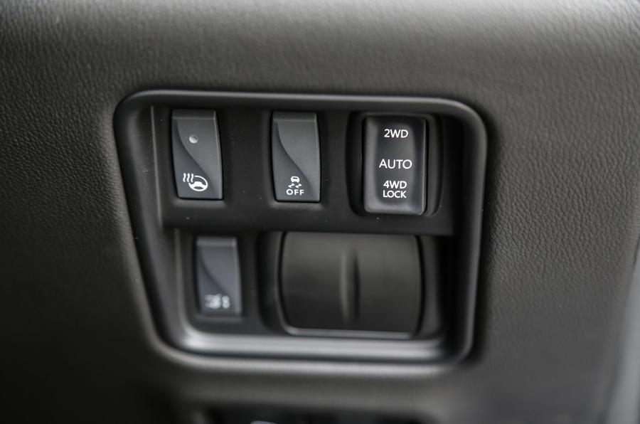 Renault Koleos switchgear