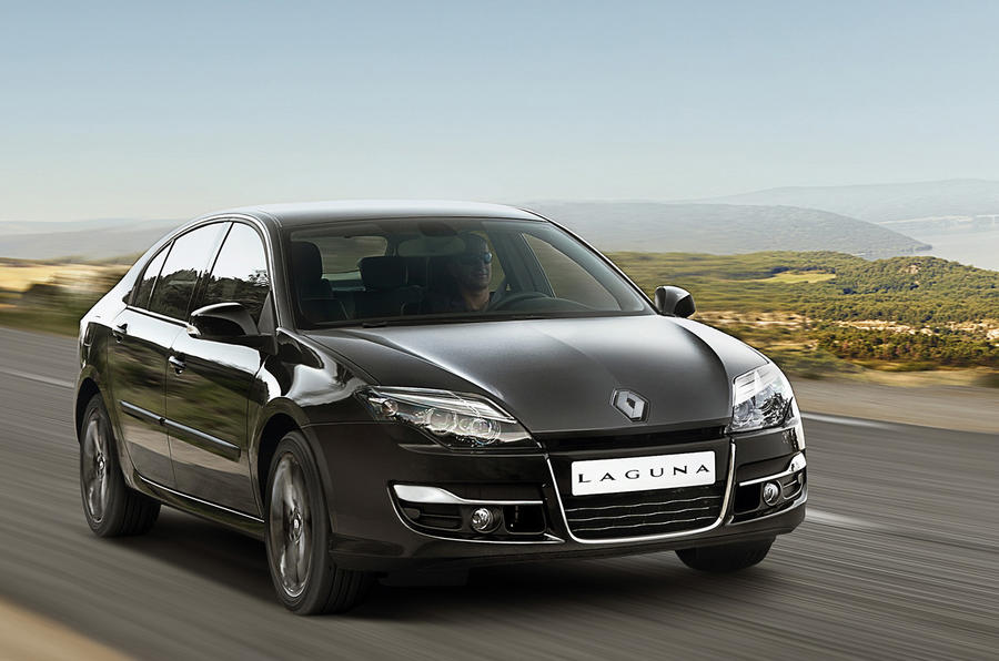 Renault plans Laguna crossover