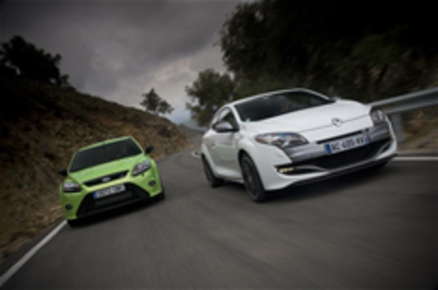 Video: Megane 250 v Focus RS