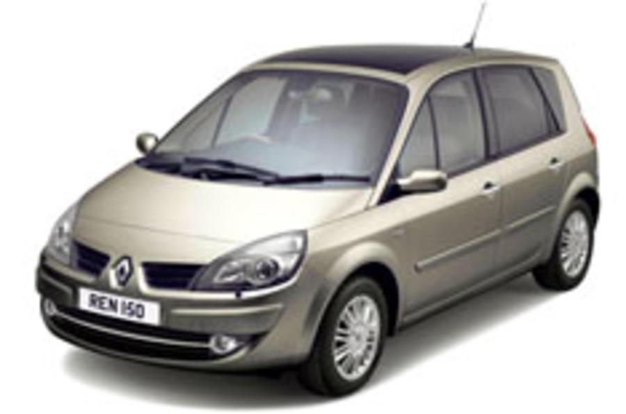 Renault tweaks the Scenic