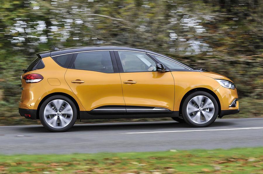 Renault Scenic side-profile