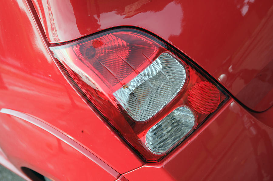 Renault Twingo RS 133 rear lights