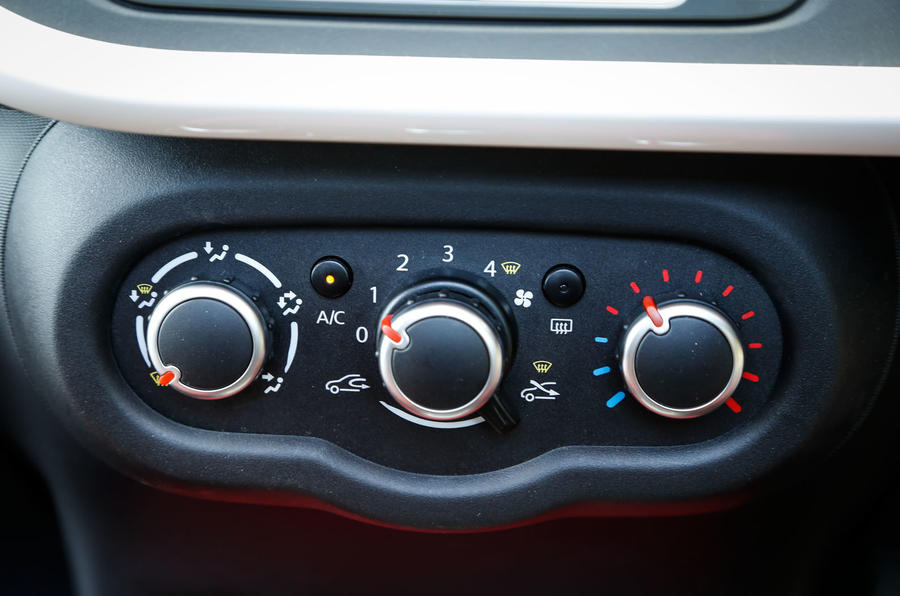 Renault Twingo air conditioning