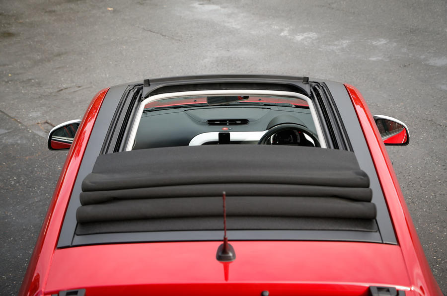 Renault Twingo full-length sunroof