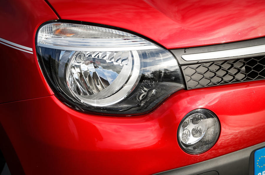 Renault Twingo headlight