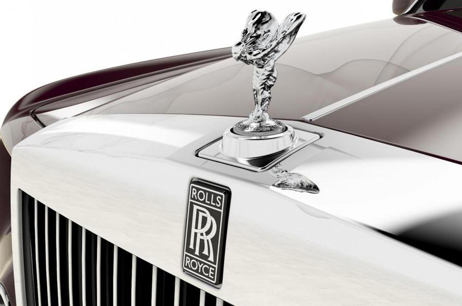 Rolls plans 100 special Phantoms