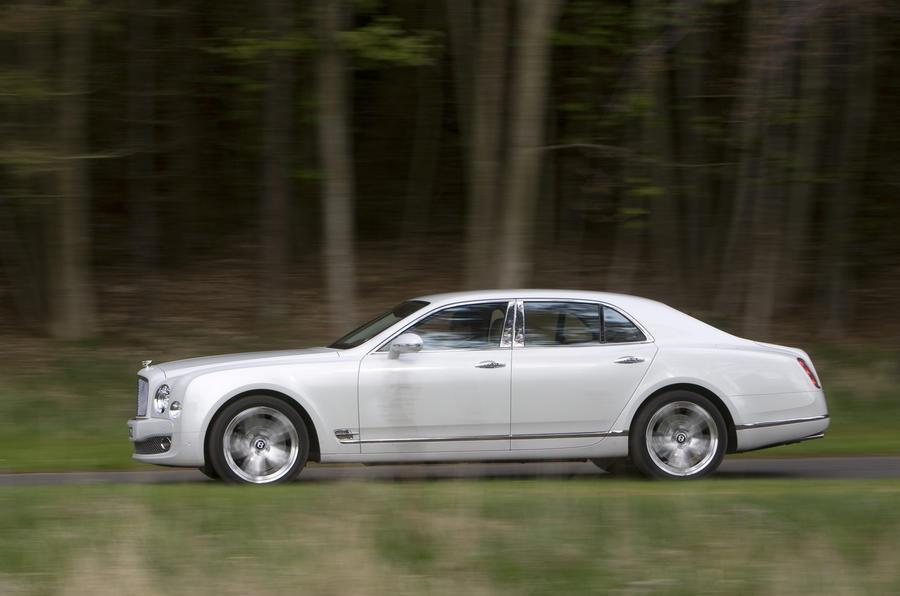 Rolls Royce Phantom >> Bentley Mulsanne v Rolls Ghost | Autocar