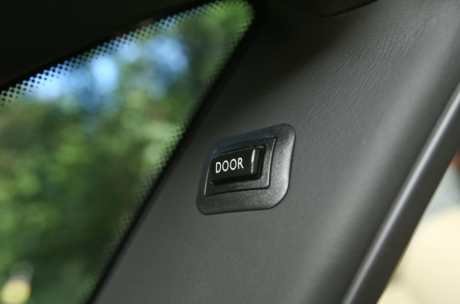 Rolls-Royce Ghost door release button