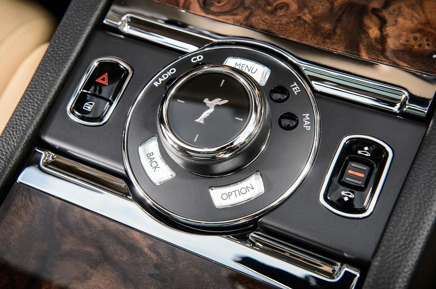 Rolls-Royce Ghost infotainment controller