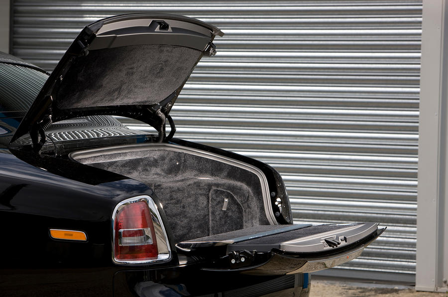 Rolls-Royce Phantom Coupé boot space