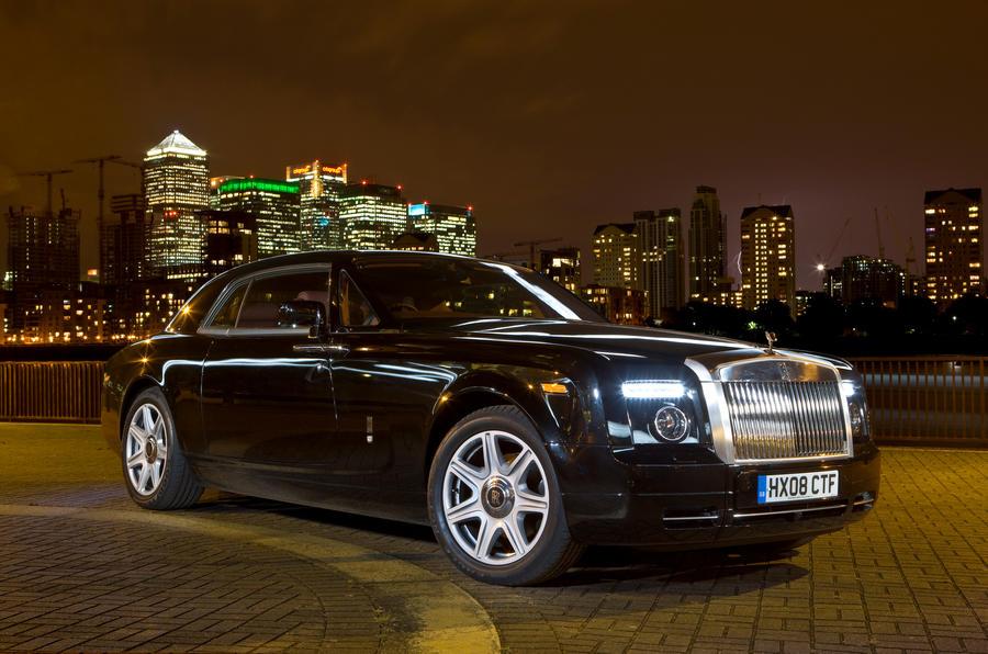 4 star Rolls-Royce Phantom Coupé
