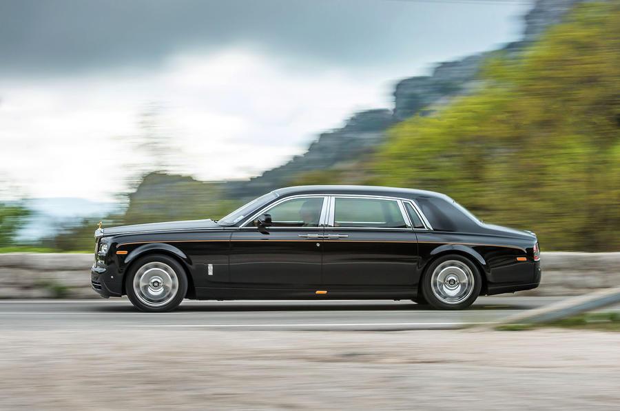 149mph Rolls-Royce Phantom EWB