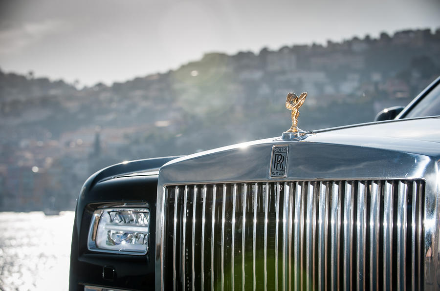 Rolls-Royce Phantom front grille