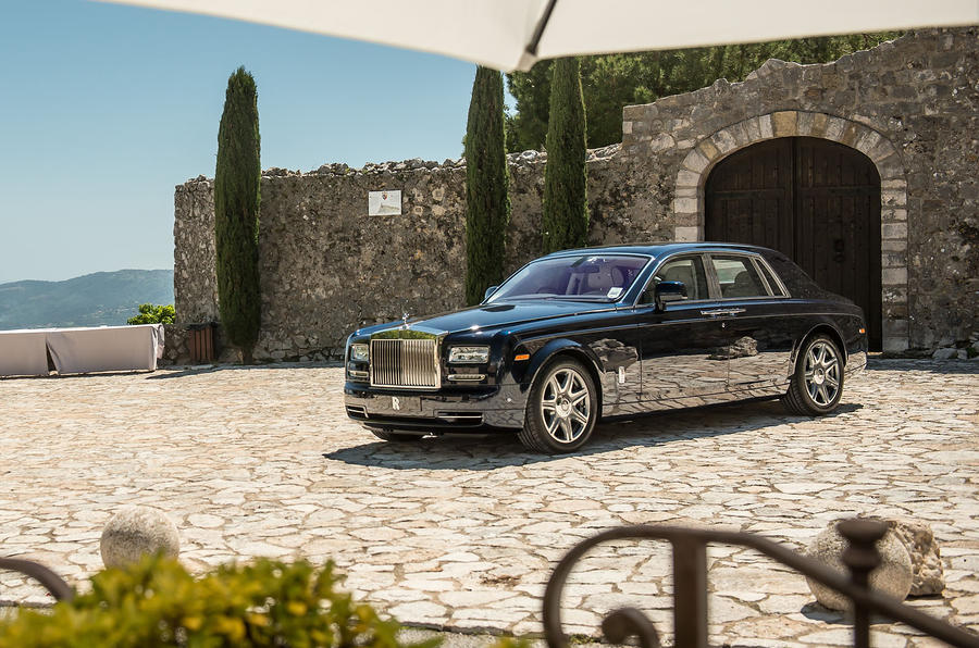 4 star Rolls-Royce Phantom