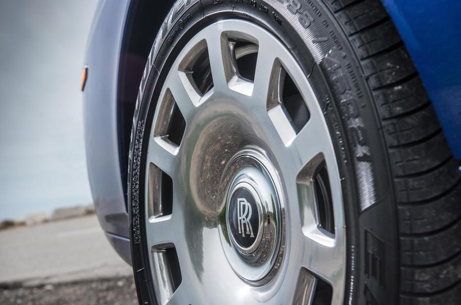 20in Rolls-Royce Phantom alloy wheels