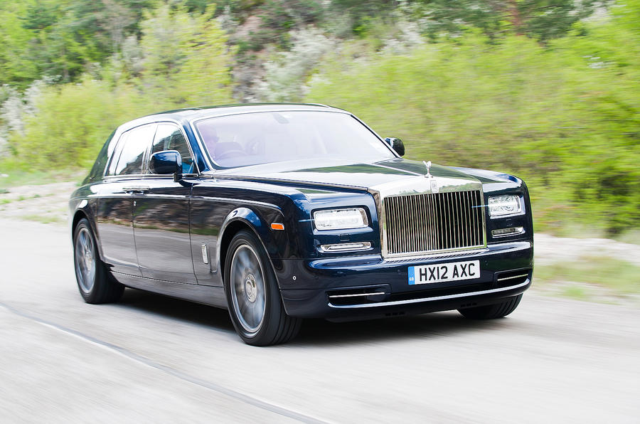 Rolls-Royce Phantom front quarter