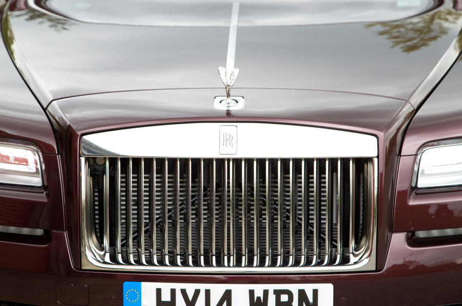 The Rolls-Royce Wraith's pantheon radiator grille is made to look more like an air intake than its siblings