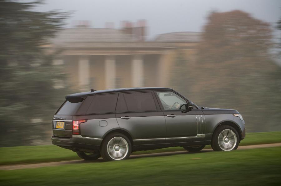Two-tone Range Rover SVAutobiography