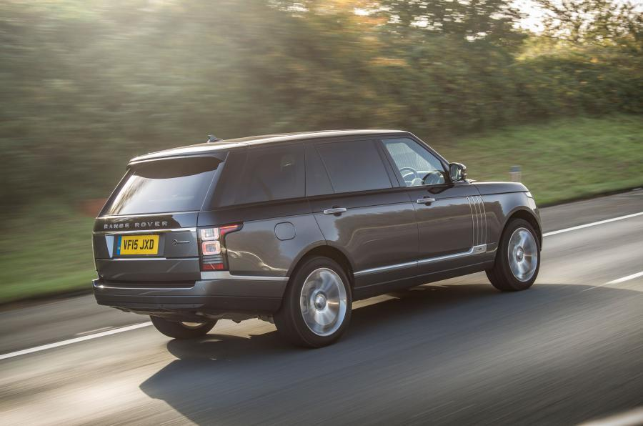 Range Rover SVAutobiography rear quarter