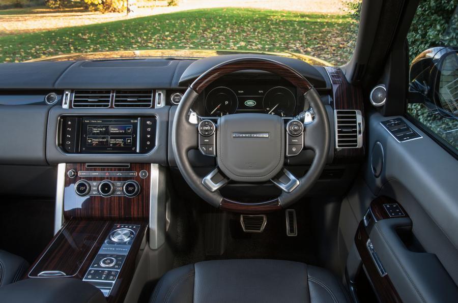 Range Rover SVAutobiography driver's seat